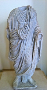 This statue in the Museo Nazionale Archeologico reminded us of Italy's political condition . . . headless.