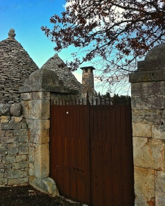 This gate near Locorotondo features finial details common to the gates of this period.