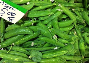 These English peas just arrived in the market.