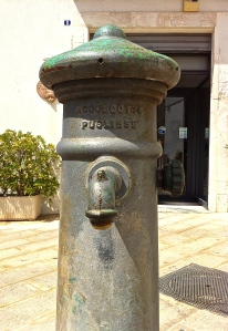 A lasting legacy of the aqueduct project—communal water spigots—can be cound all over Puglia today.