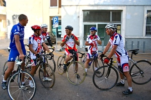 Ride with the areas premier amateur cyclists while discovering the Valle d'Itria.