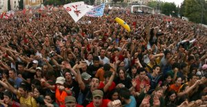 Labor unions in Italy organize free concerts in big cities on Labor Day (Photo credit: www.huffpost.com)
