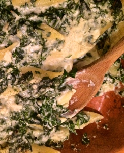 Cheesy, gooey, deeply flavorful spinach and gorgonzola pasta is a sophisticated mac and cheese with serious comforting capabilities.