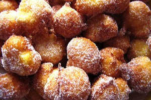 Deep-fried yeasty dough balls called pettole are as Christmas-y as it gets in Puglia.